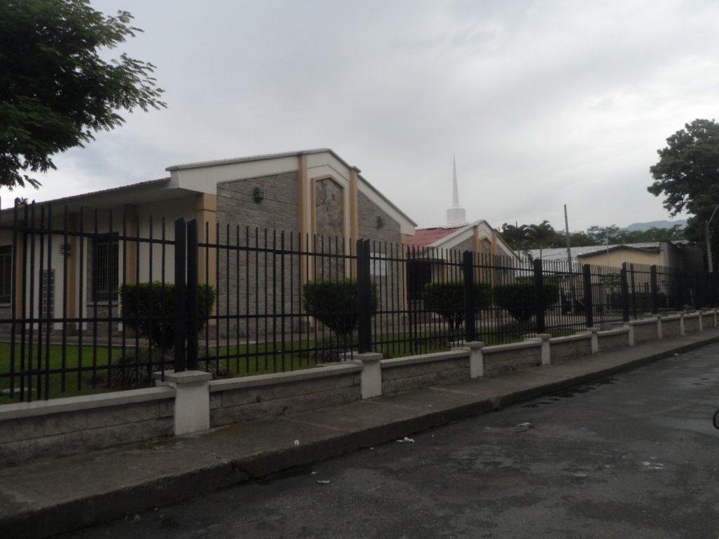 Capilla Mormona en Campoamor - Comuna 15, Guayabal