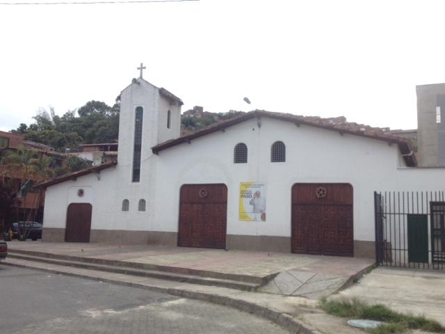 Frente de la Iglesia San Gabriel de la Dolorosa
